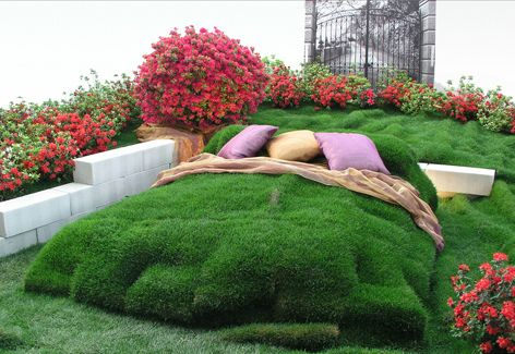 Garden Bed Topiary.