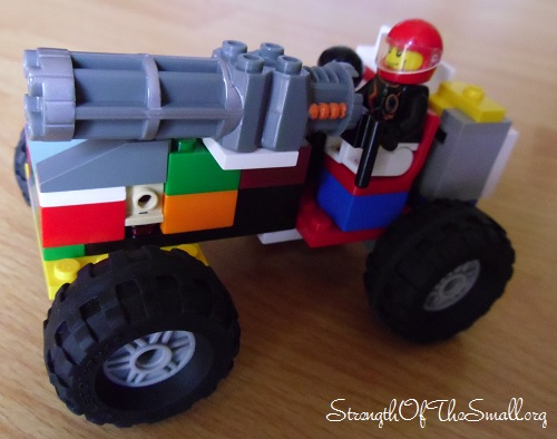 LEGO Offroad War Jeep.