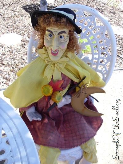Matilda (good witch), Porch Greeter.