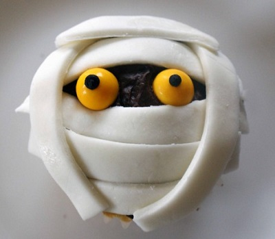 Mummy Cupcake. Source.